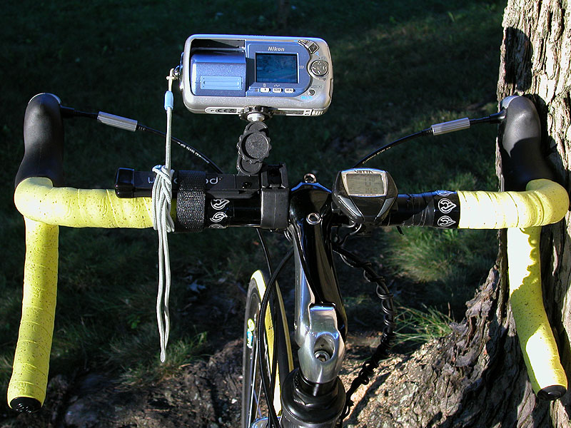 The Bike-Cam (UltraPod & CoolPix 2500)