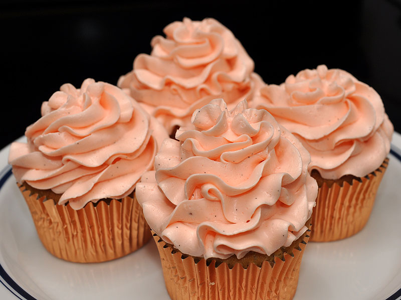 Best peach cupcakes ever<br>February 20